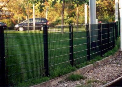 Ogradjivanje baste sa panelnom ogradom