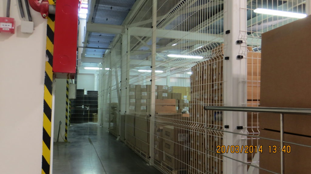 panelna ograda bela za magacin