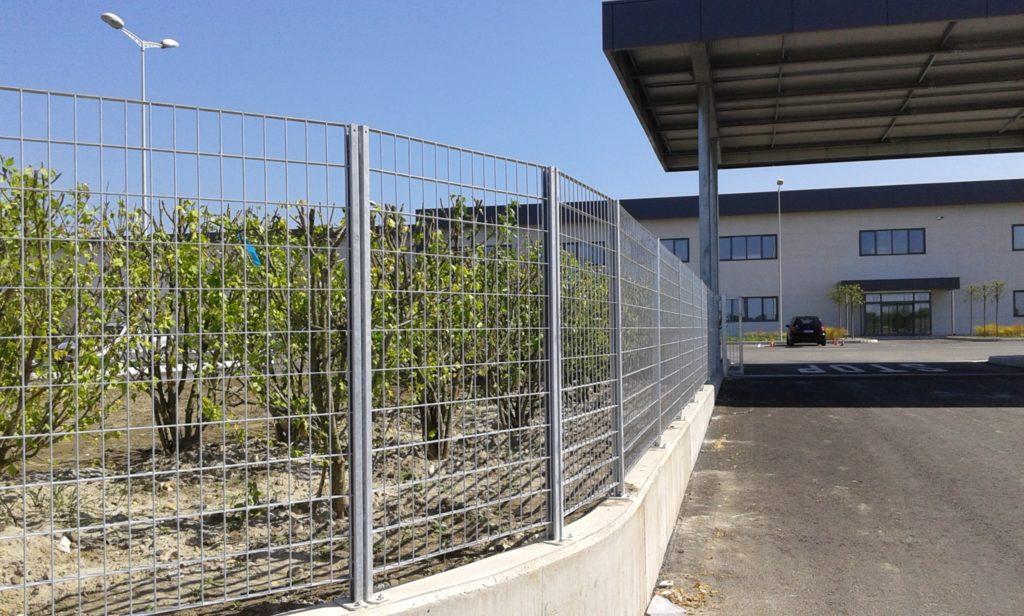 panelne ograde cinkovane sa coklom
